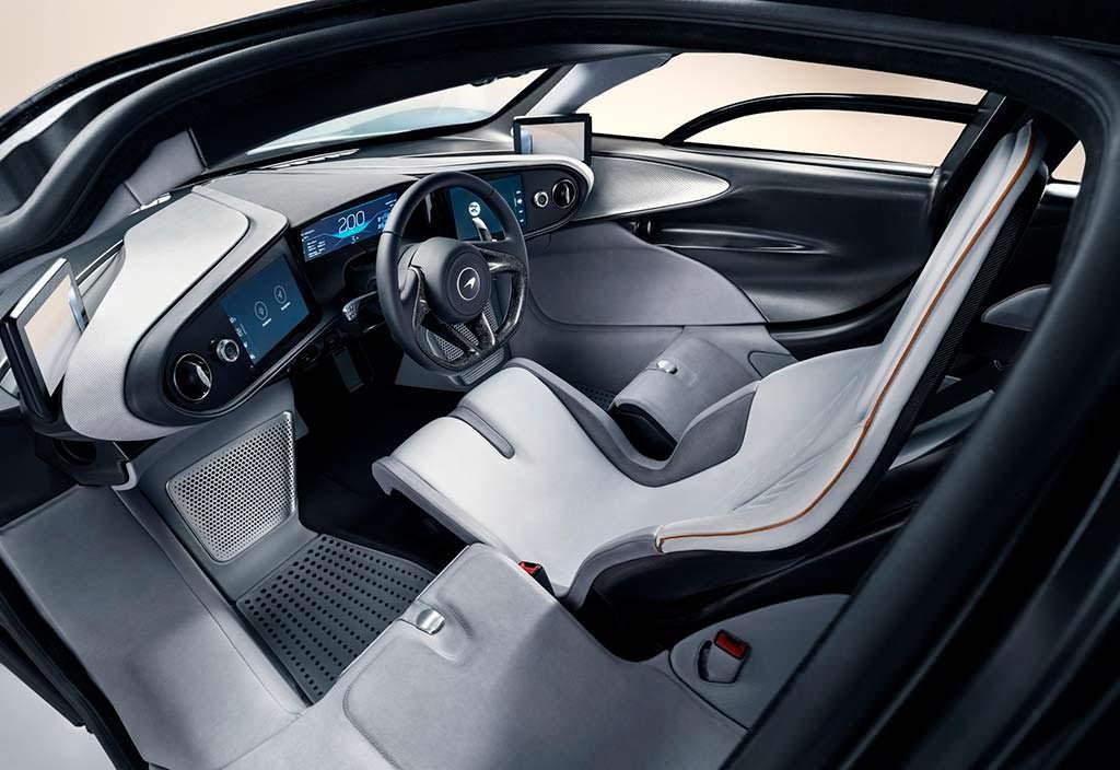 Трехместный салон McLaren Speedtail