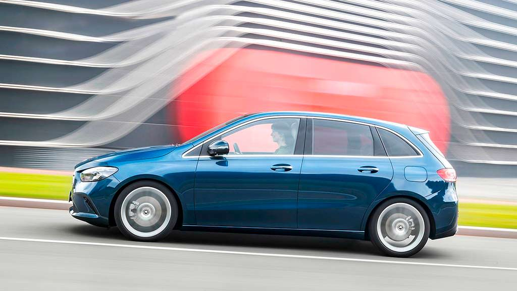 Новое поколение Mercedes-Benz B-Class в кузове W247