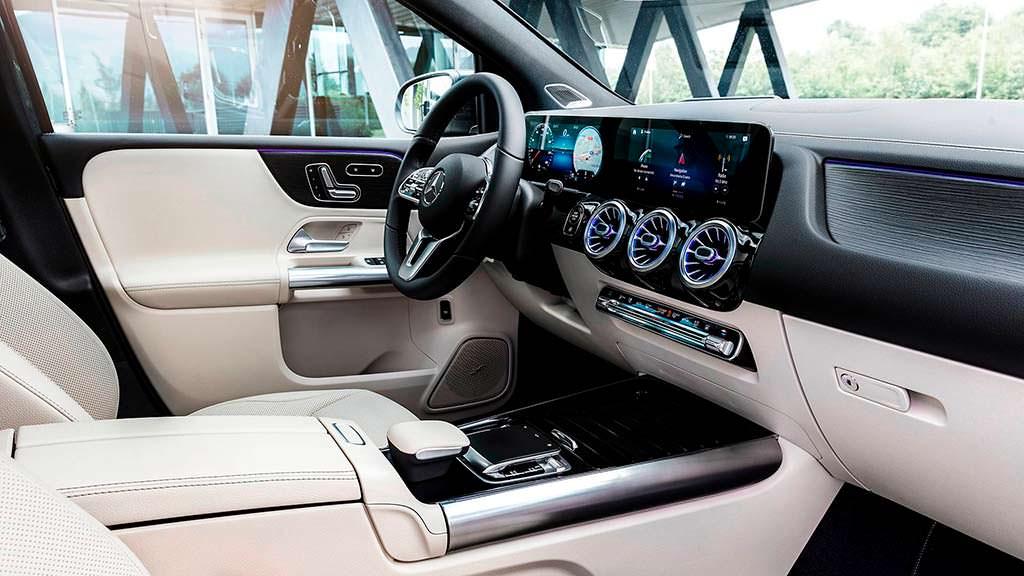 Фото внутри Mercedes-Benz B-Class 2019