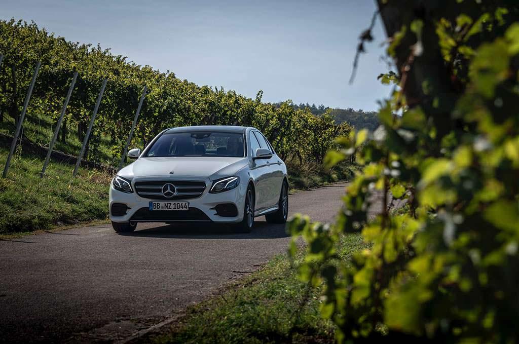 Гибридная версия Mercedes-Benz E300de