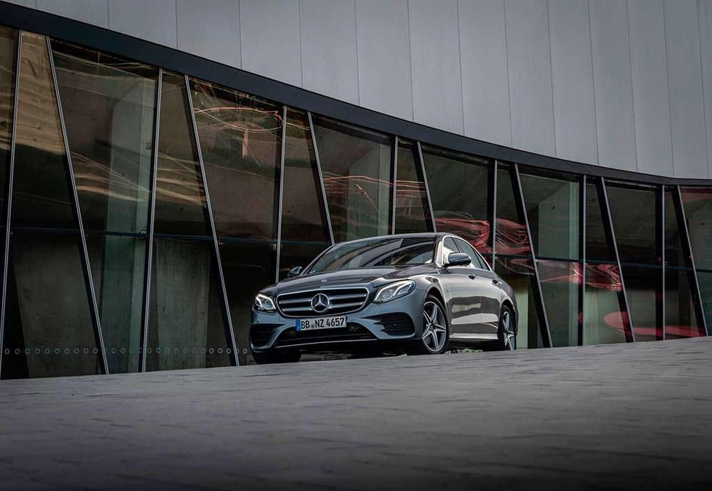 Гибрид Mercedes E300e в кузове W213