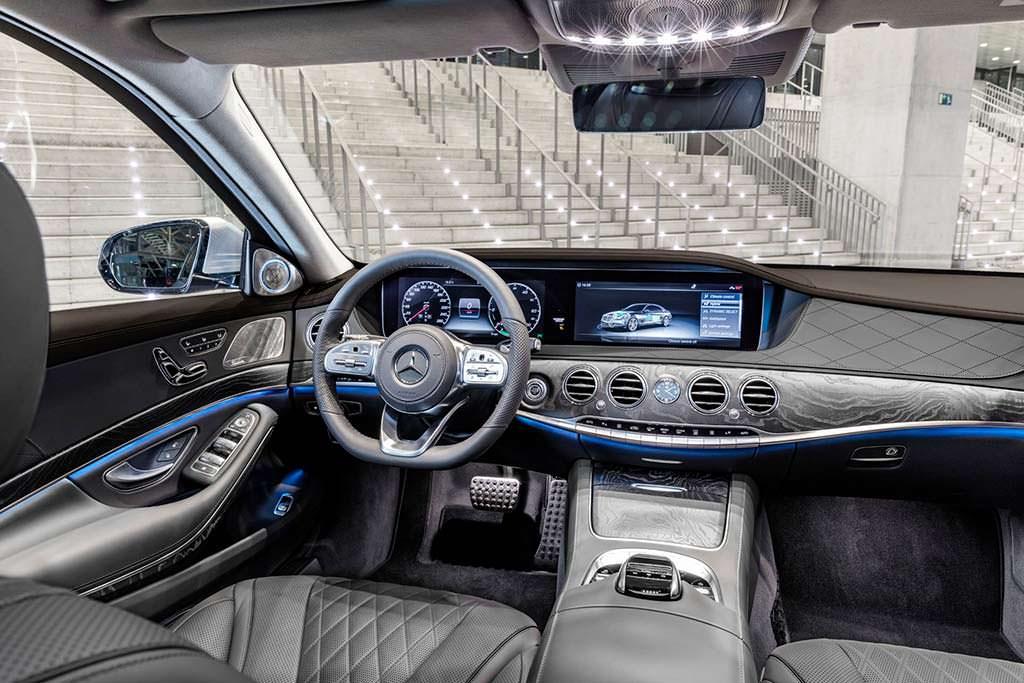 Фото салона Mercedes-Benz S560e