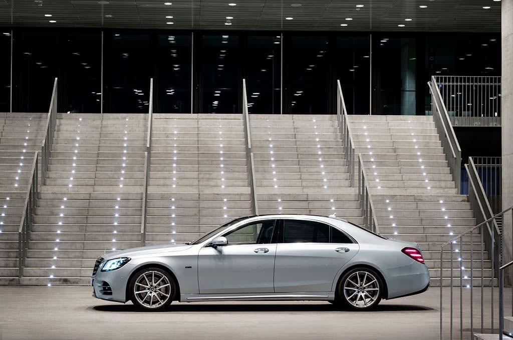 Премиум гибрид Mercedes-Benz S560e