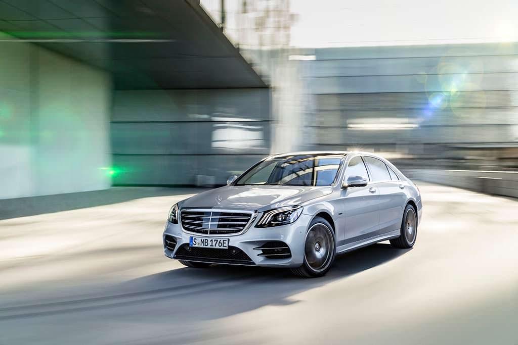 Новый гибрид Mercedes-Benz S560e в кузове W222