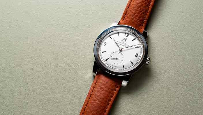 Omega - когда часы показывают ваш статус, а потом время