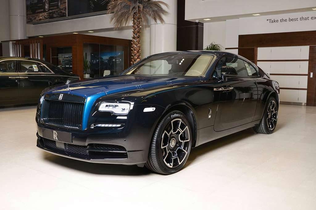 Двухцветная покраска кузова Rolls-Royce Wraith Black Badge