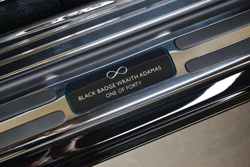 Надписи на дверных порогах Rolls-Royce Wraith Black Badge