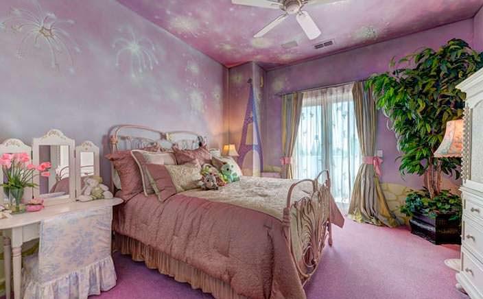 Дизайн спальни для маленькой принцессы