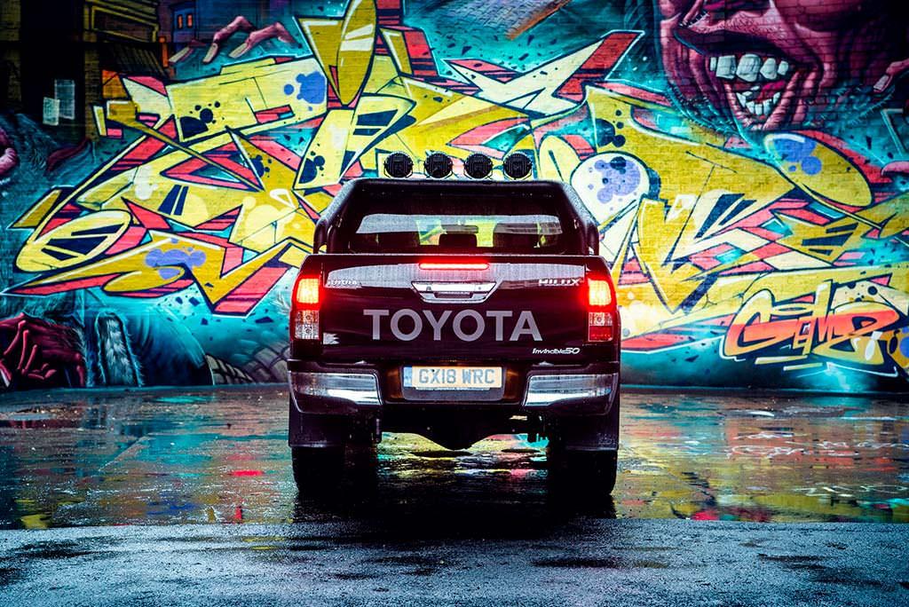 Новый Toyota Hilux Invincible 50