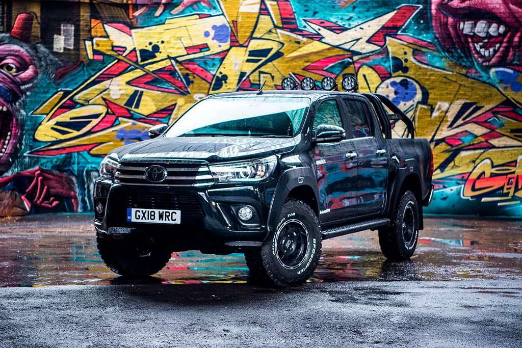 Пикап Toyota Hilux Invincible 50