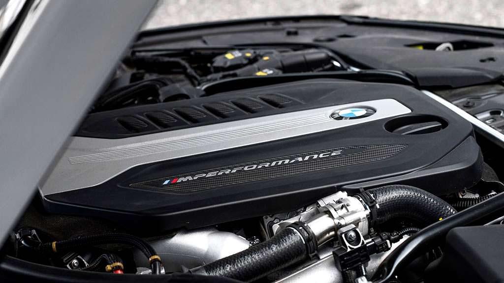 Дизельный мотор BMW M550d xDrive. Мощность 508 л.с.