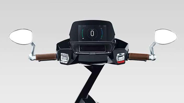 Бортовой компьютер скутера UJET с сенсорным экраном
