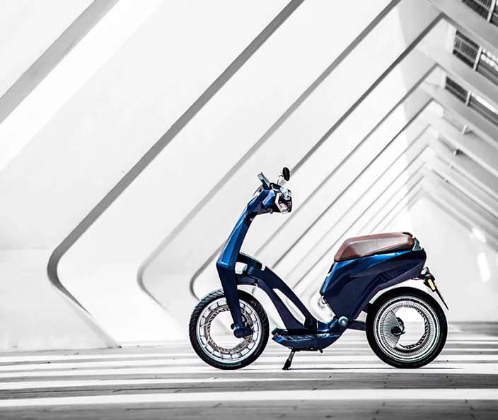 Складной электро-скутер UJET с запасом хода до 150 км