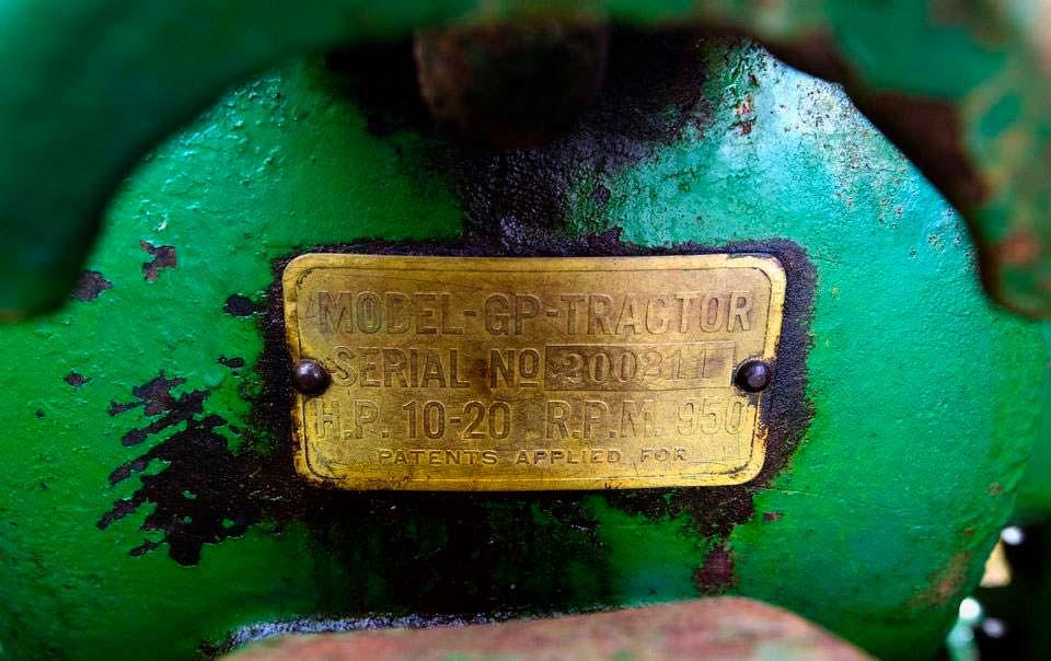 John Deere GP 200211 - первый серийный трактор Deere & Company