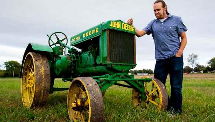 Винтажный трактор John Deere уйдет с молотка дороже Audi Q8