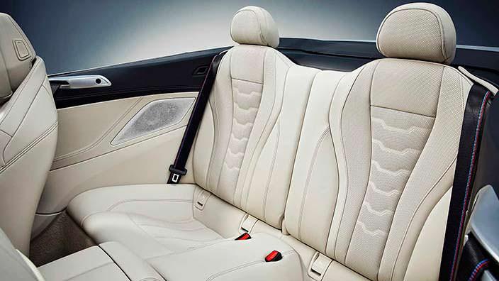 Сиденья для двоих сзади BMW 8 Series Convertible