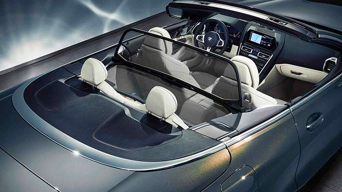 Дефлектор против ветра в салоне BMW 8 Series Convertible