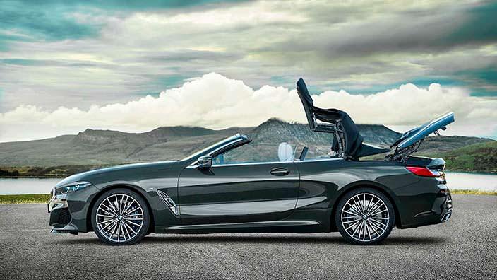 Мягкая крыша BMW 8 Series Convertible складывается за 15 сек