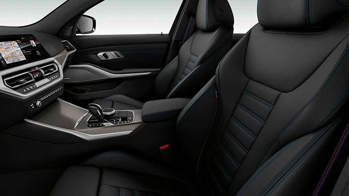 Интерьер BMW M340i xDrive