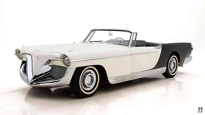 Ретро-кабриолет Cadillac Die Valkyrie 1955 года