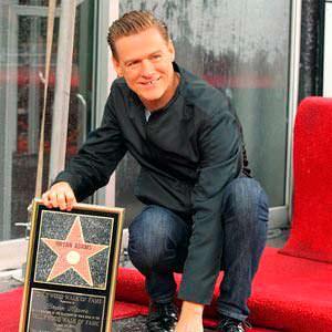 Фото | Брайан Адамс и именная звезда в Голливуде, 2011 год