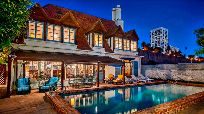 Пляжный дом Говарда Хьюза в Санта-Монике