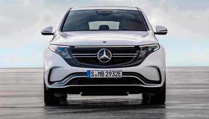 Электро-кроссовер Mercedes EQC поступит в продажу весной