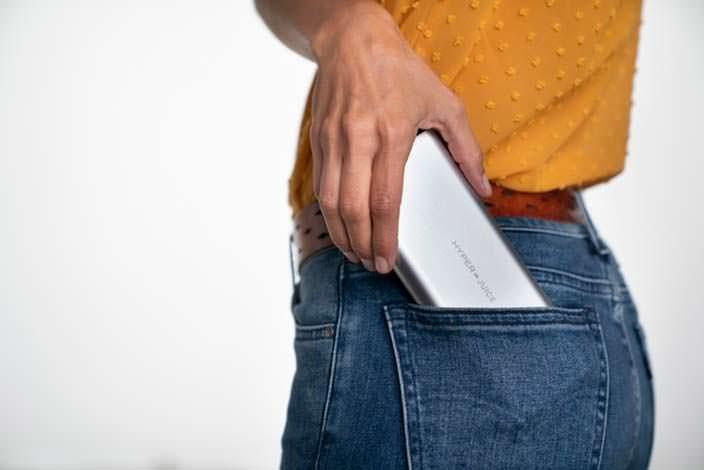 HyperJuice: Емкость 27 000 мАч, помещается в кармане джинсов