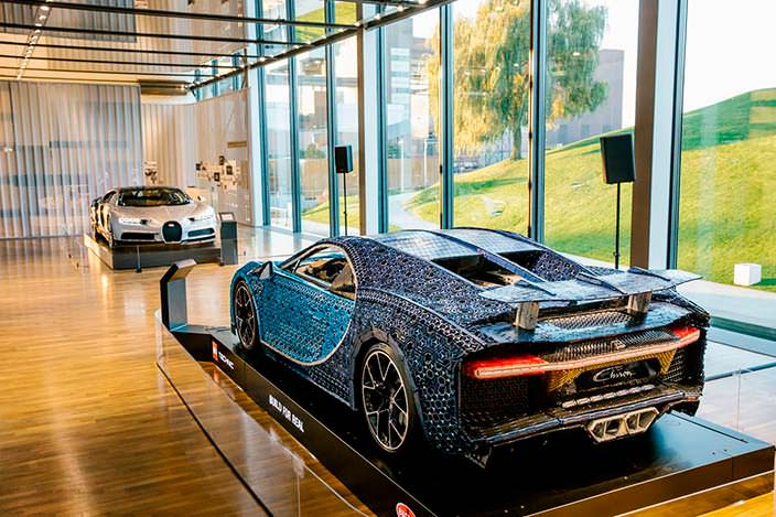 Lego Bugatti Chiron в музее Autostadt