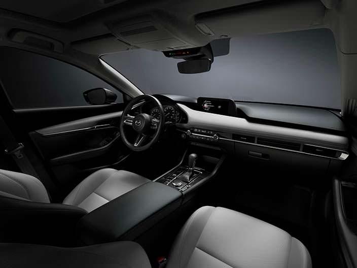 Фото салона Mazda3