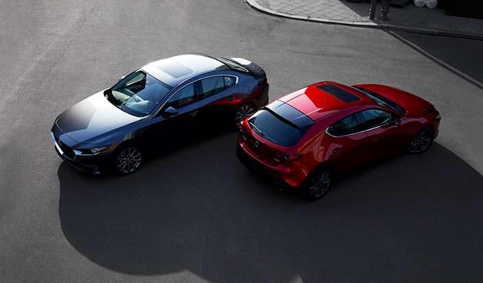 Хэтчбек и седан Mazda3 нового поколения