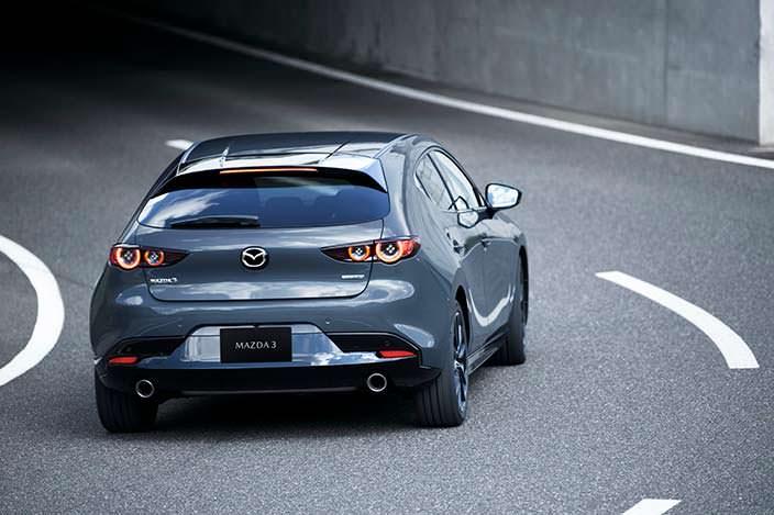 Хэтчбек Mazda3 четвертого поколения
