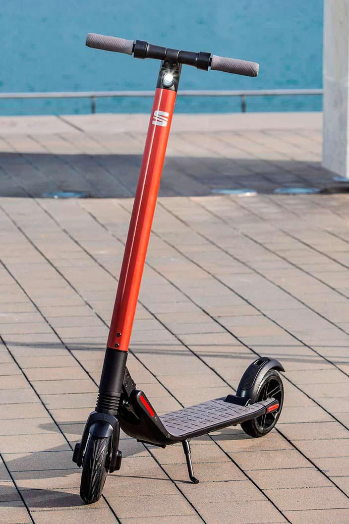 Электро-самокат SEAT eXS KickScooter