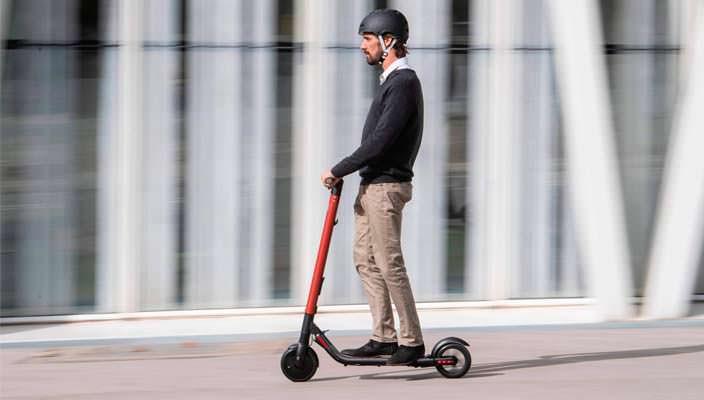 Вышел электросамокат SEAT eXS KickScooter за $680 | фото