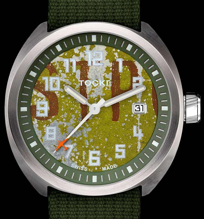 Tockr D-Day C-47: часы из частей самолета Douglas C-47 Skytrain