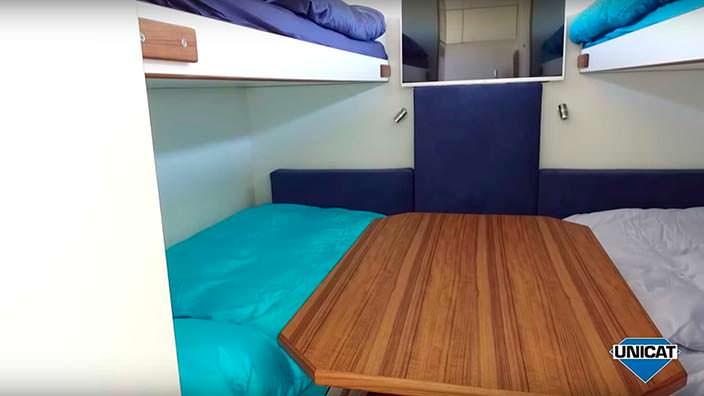 Спальня для четырех человек в MAN TGS 26.540 6x6 от Unicat