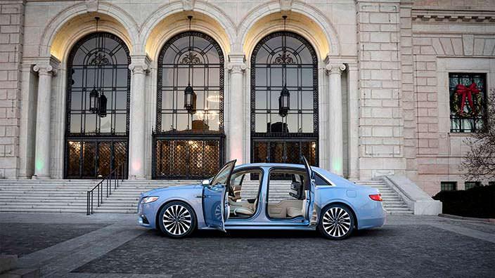 Lincoln Continental Coach Door - заднепетельные двери