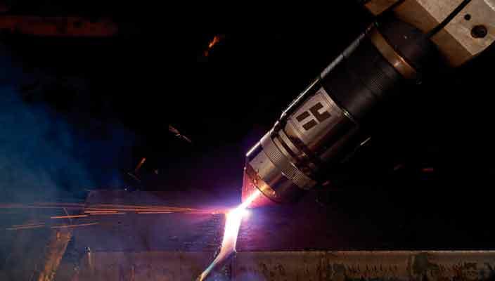 Сложности выбора оборудования раскроя металла: плазма или лазер