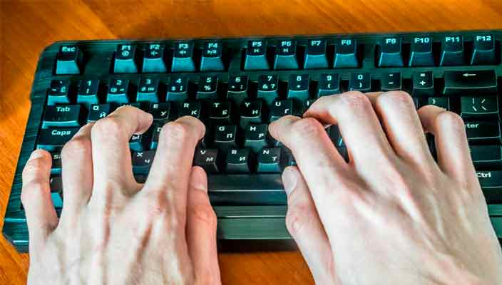 Как научиться печатать вслепую на клавиатуре. Моя история