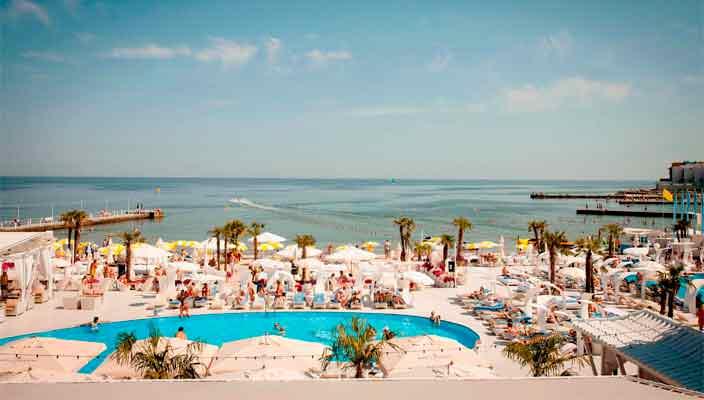 Затока: достопримечательности, развлечения и другие причины популярности курорта