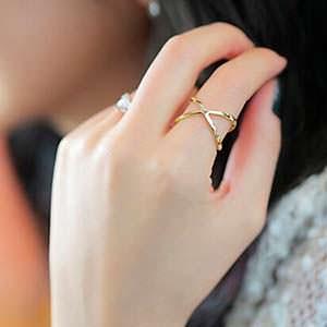 Золотые кольца в магазине Sovajewels