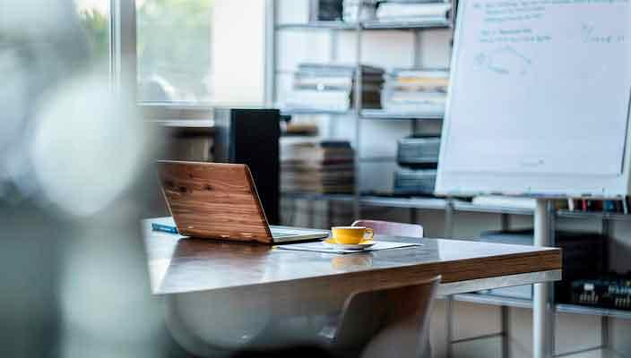Удобный стол - залог плодотворной работы современного офиса