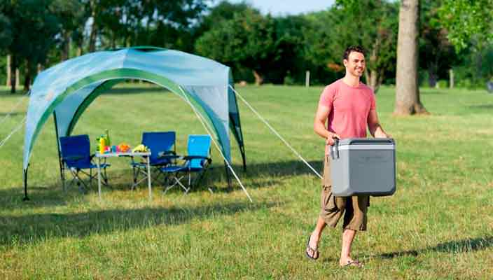 Автохолодильник - залог хорошего кемпинга выходного дня