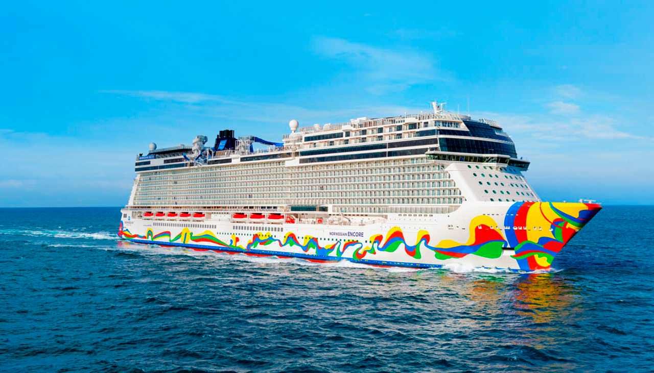 Круизный корабль океанского класса Norwegian Encore