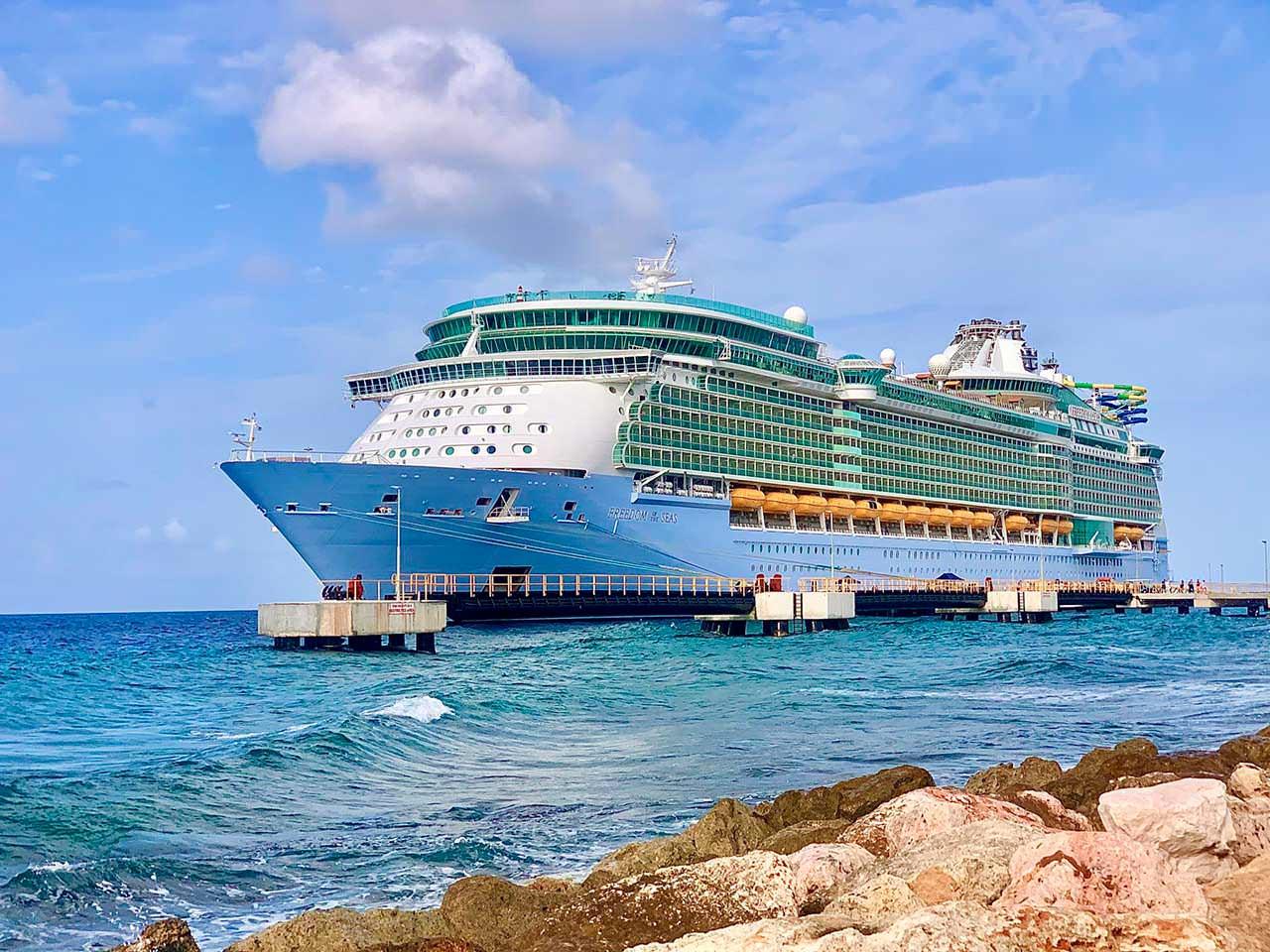 Океанский круизный корабль Freedom Of The Seas