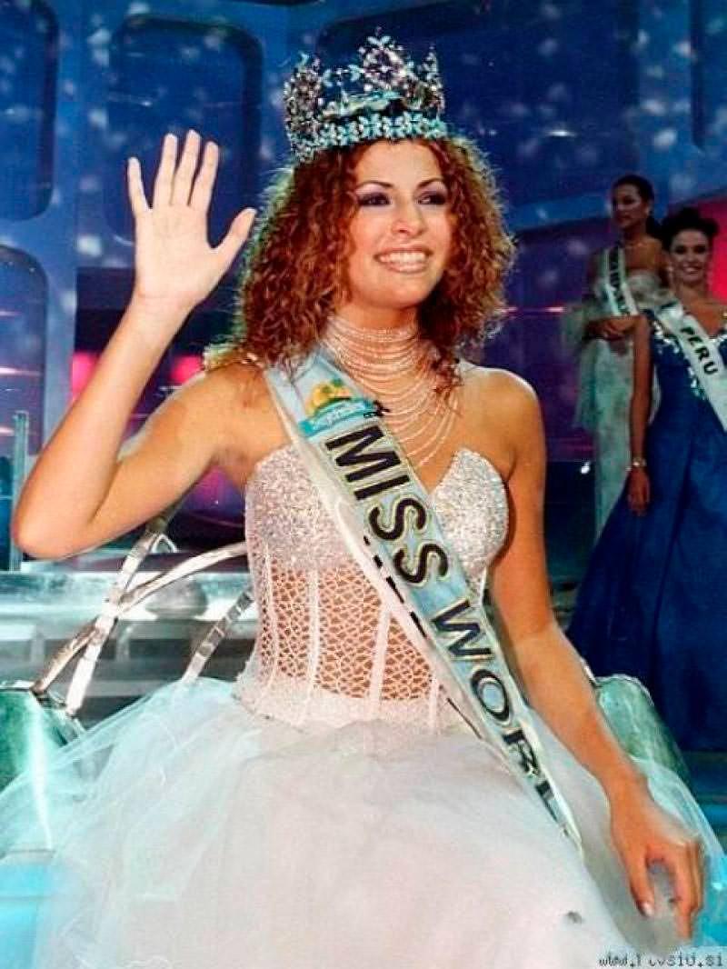 Фото | Мисс Мира 1998 года Линор Абаргиль
