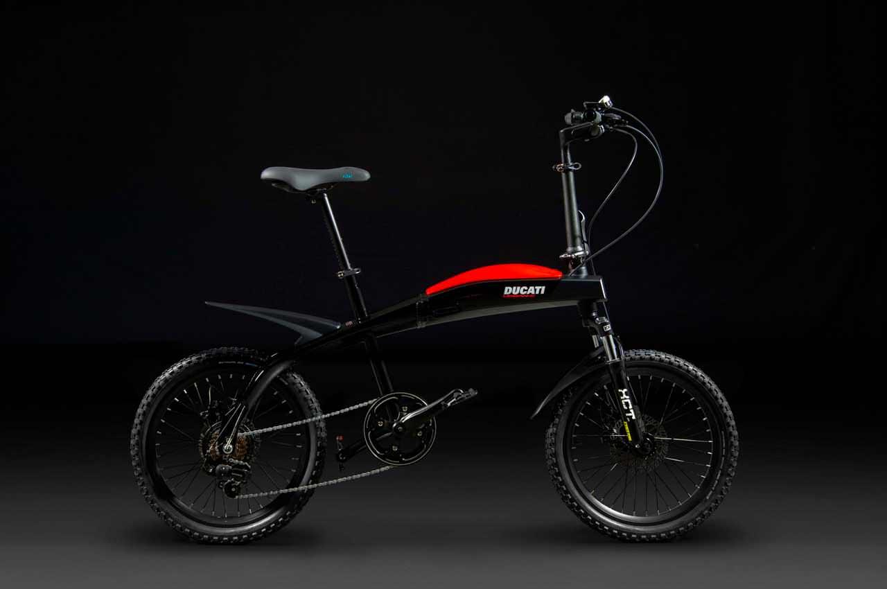 Ducati сделала линейку складных электро-велосипедов в стиле Scrambler