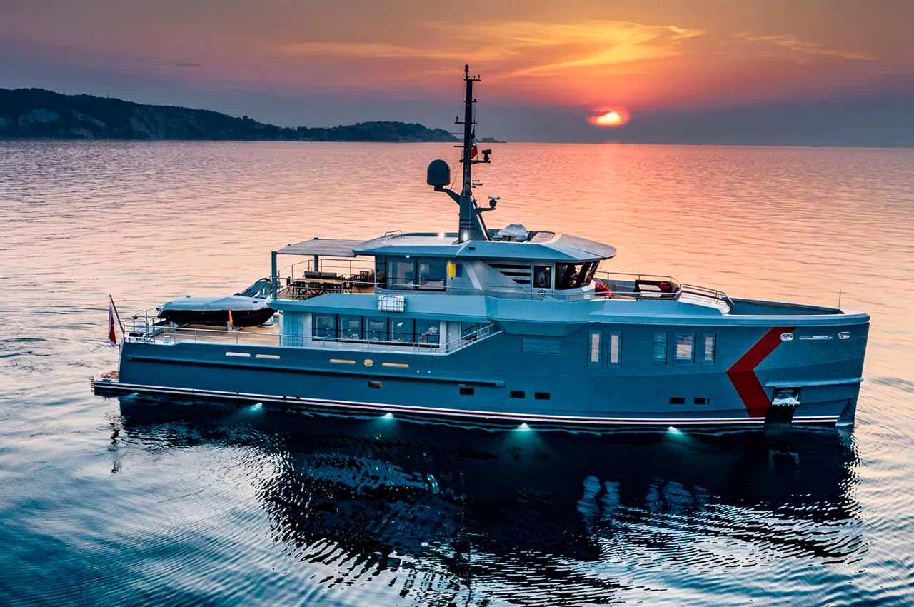 Исследовательская яхта K-584 от CPN доставлена клиенту | фото