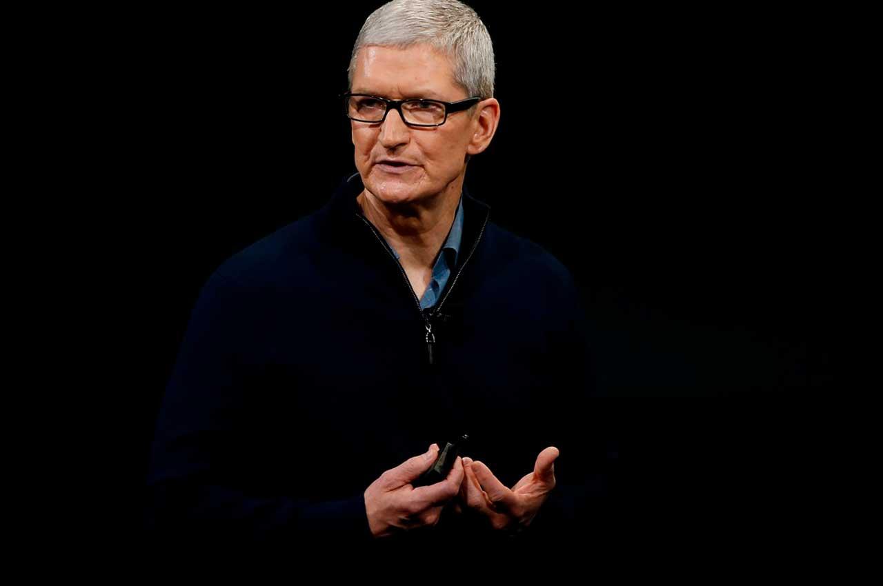 Глава Apple Тим Кук стал миллиардером по версии Bloomberg