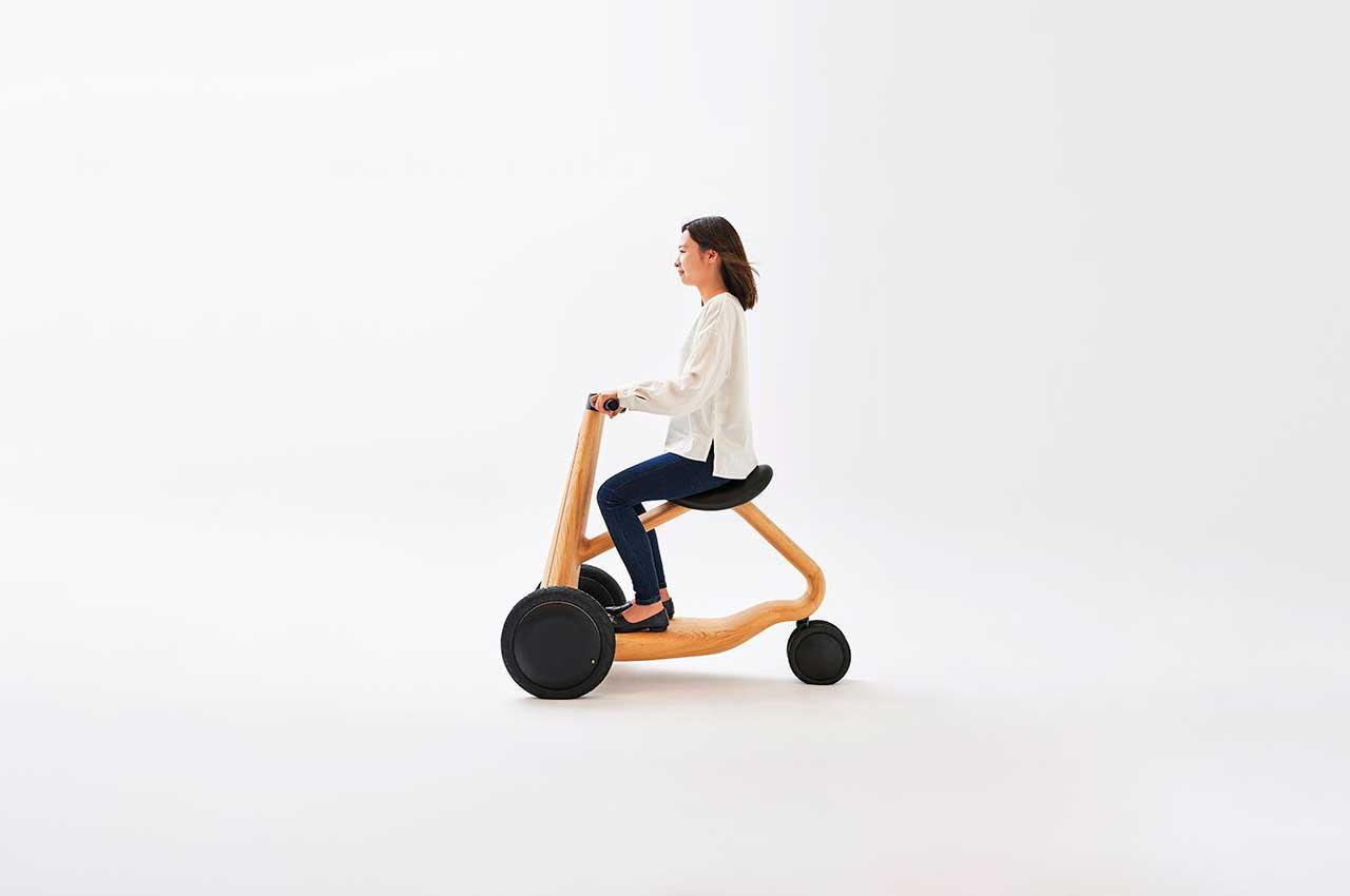 Создан деревянный скутер ILY-Ai от дизайнера Микия Кобаяси